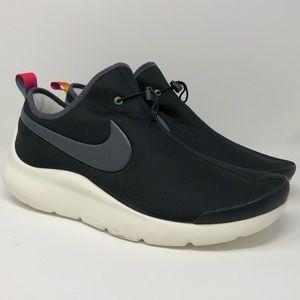 Men's Nike Aptare SE Athletic Shoes Size 11.5